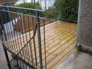 Decking built to all sizes